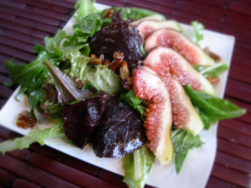 figs with maple pecans and baby greens